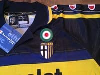Global Classic Football Shirts | 1999 Parma Vintage Old Soccer Jerseys